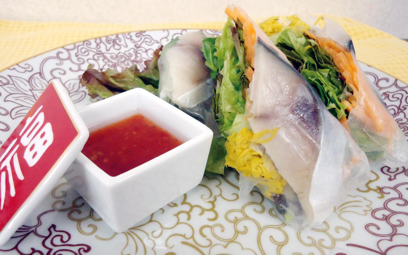 鯖と干菊の生春巻き